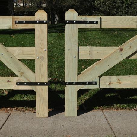 Slip Board Gate